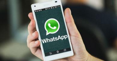 comprar libros de texto usando WhatsApp