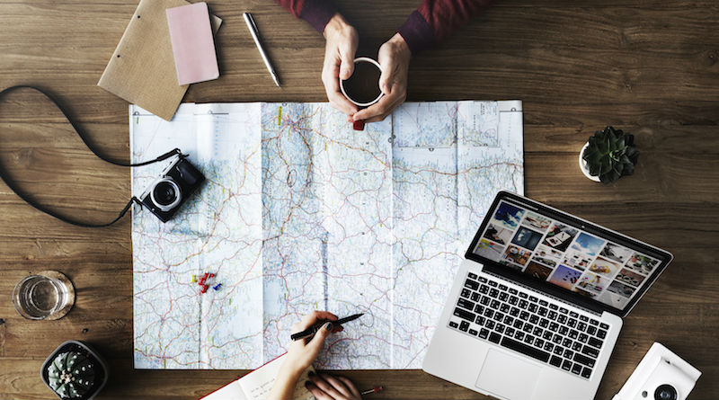Como Preparar un Viaje Usando Solo Internet