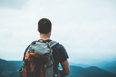 Jovenes viajando