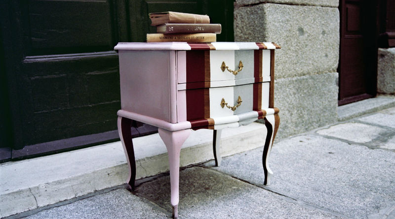 Muebles restaurados en blanco great armario restaurado for Muebles restaurados en blanco