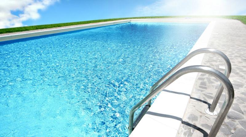 Como se construye una piscina costero piscina by piscinas for Como se construye una piscina