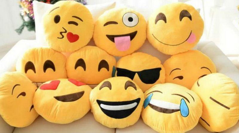 Peluches de emoticonos