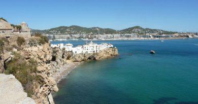 ¿Cómo moverse por Ibiza?