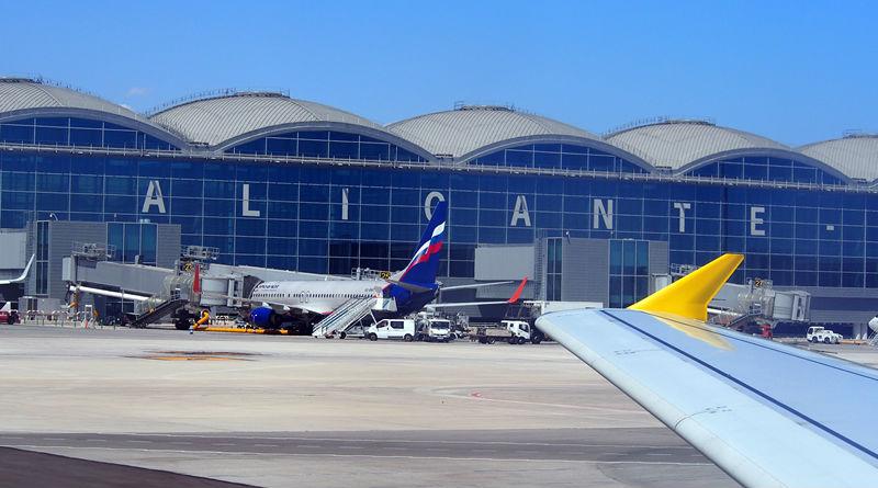 Contratar un transfer desde Aeropuerto de Alicante