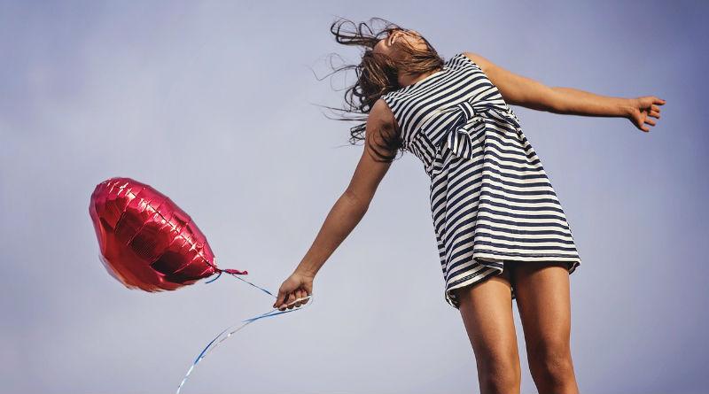 ser feliz y mujer