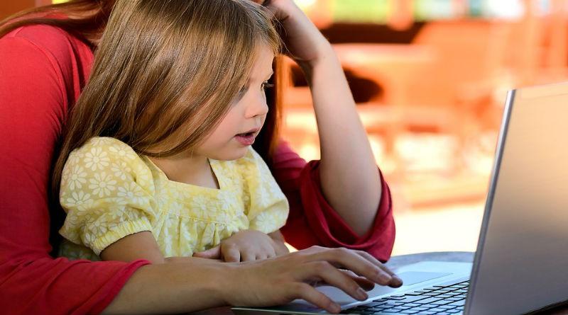 entretener hijos internet