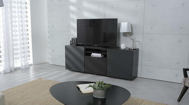 elegir un televisor moderno y economico