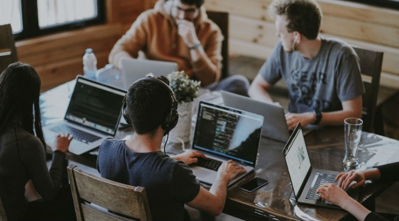 Herramientas necesarias para mantener actualizada tu empresa online