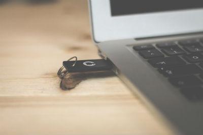 Algunos usos de las memorias USB