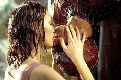 Beso Spiderman