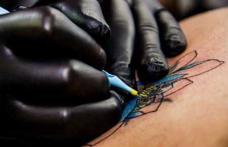 Descubre todo el material necesario para abrir tu estudio de tatuaje
