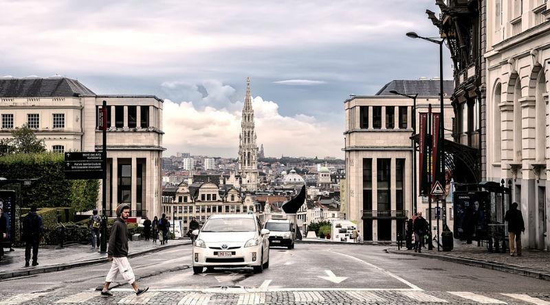 Visitar Bruselas en un coche de alquiler