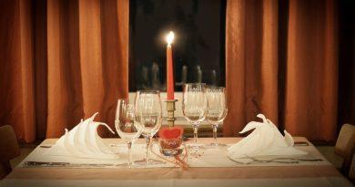 cena romantica en restaurante