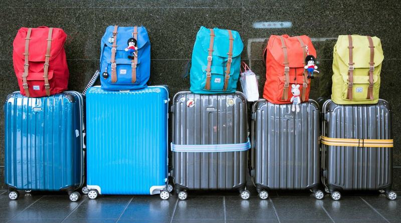 8 Mejores accesorios de viaje para el verano