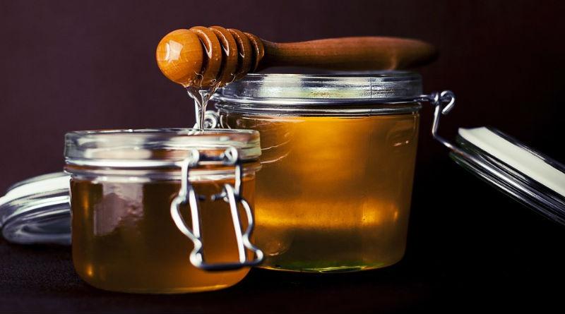 La miel de manuka es efectiva contra buena parte de bacterias y patógenos