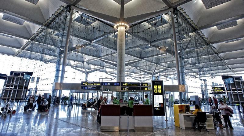 Parking low cost en el aeropuerto de Malaga