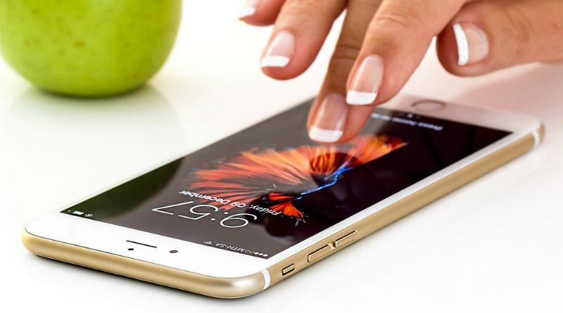 El smartphone útil necesario y adictivo