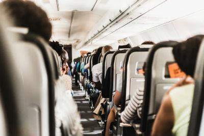 consejos para elegir la ropa adecuada de vuelo
