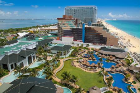 Secretos que esconde Cancún en un coche