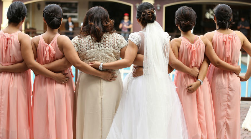 elegir el color del vestido de las damas de honor