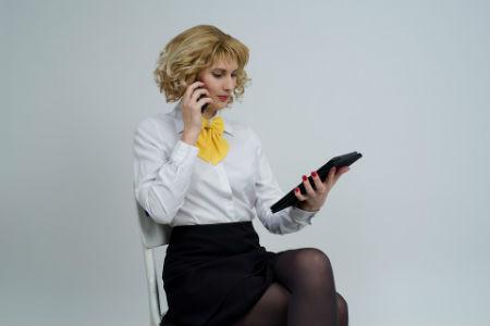 Mujer de negocios de empresa