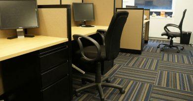 usar una silla de oficina en tu trabajo