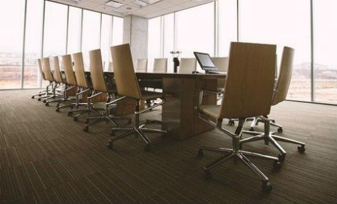 ventajas de las sillas giratorias de oficina