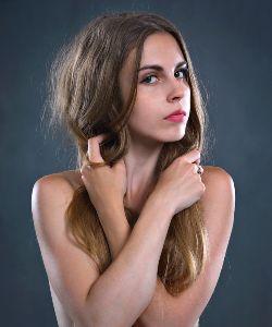 Cabello capilar femenino