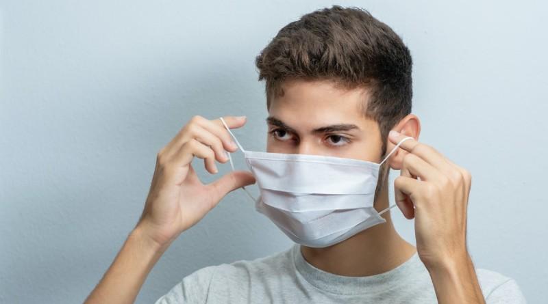 Masnek acné por el uso de la mascarilla