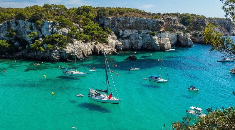 Hotel Cristine Bedfor alojamiento en Menorca